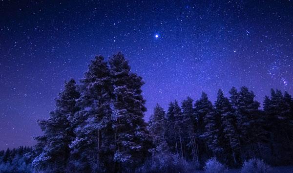 perierga.gr - Ο νυχτερινός ουρανός της Φινλανδίας μαγεύει!
