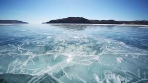 perierga.gr - Η παγωμένη Βαϊκάλη μετατράπηκε σε μουσικό όργανο!