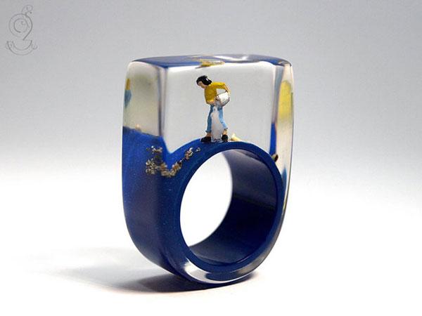 perierga.gr - Μικροσκοπικές σκηνές μέσα σε δαχτυλίδια!