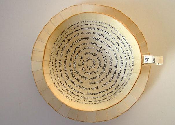 perierga.gr - Παλιά βιβλία μεταμορφώνονται σε μικρά έργα τέχνης