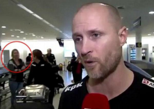 Perierga.gr - Σάλος στο διαδίκτυο με τη γυναίκα που... εξαφανίζεται on camera!