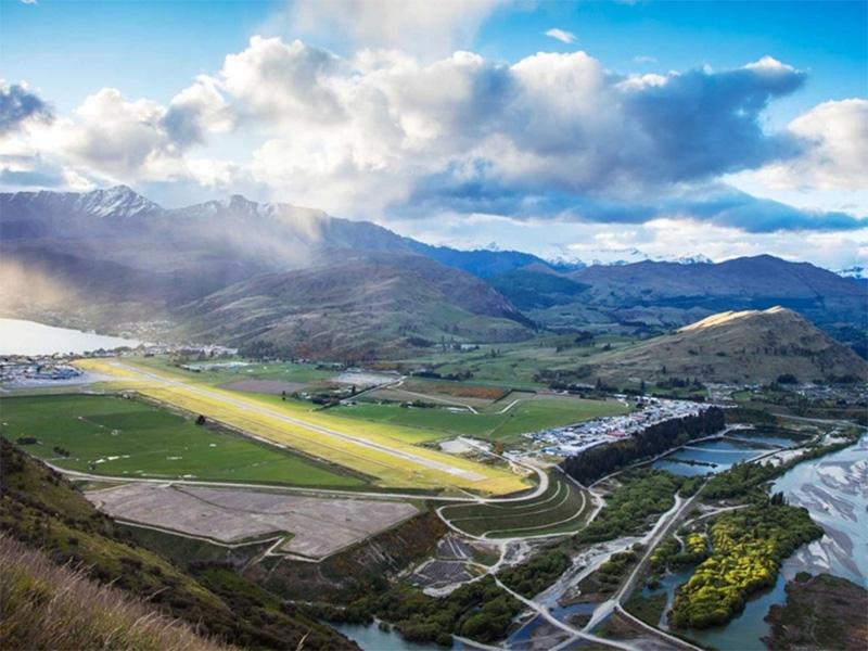 perierga.gr - Δείτε τα αεροδρόμια με την πιο όμορφη θέα στον κόσμο!