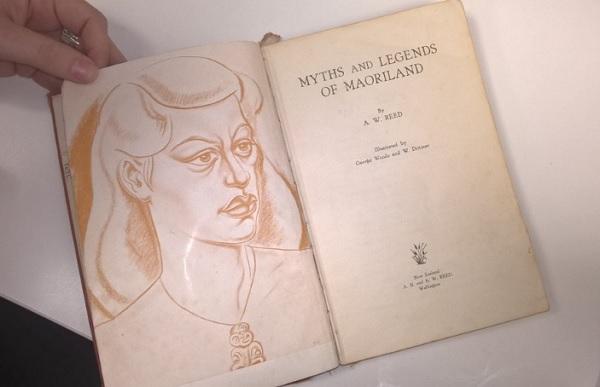Perierga.gr - Ποτέ δεν είναι αργά - Επέστρεψε βιβλίο που δανείστηκε το 1948!
