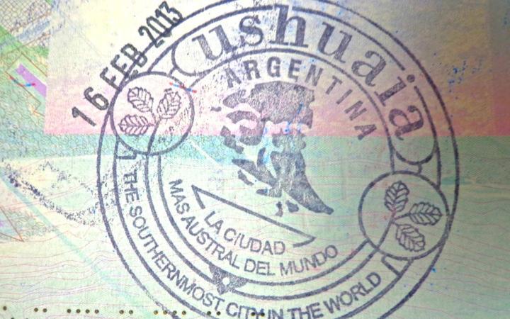 Perierga.gr - Οι 15 σφραγίδες στο διαβατήριό σου που θα εντυπωσιάσουν!
