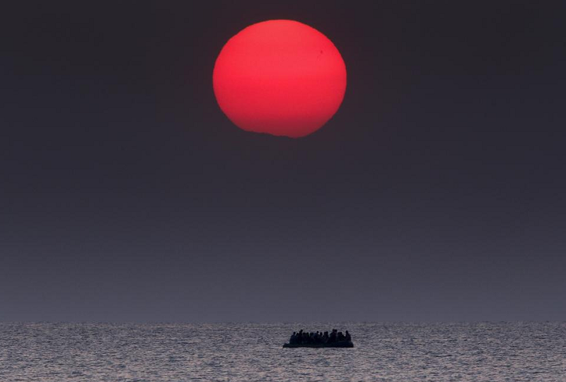 perierga.gr - Πούλιτζερ σε τρεις Έλληνες φωτογράφους!