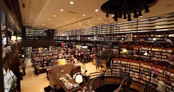 perierga.gr - 24ωρο βιβλιοπωλείο για τους... φανατικούς βιβλιοφάγους!