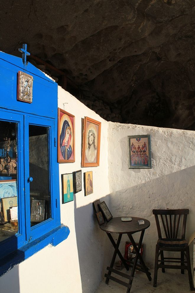 perierga.gr - Στη Λήμνο ο μοναδικός ασκεπής ναός στον κόσμο!