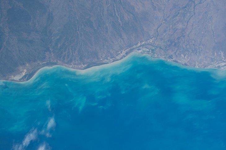 perierga.gr - Οι αστροναύτες φωτογραφίζουν τη Γη!