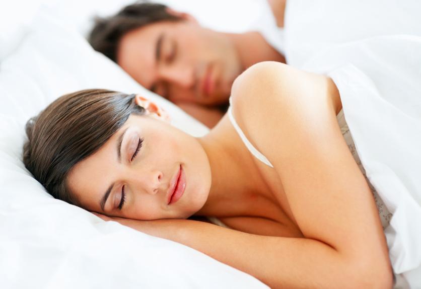 perierga.gr - Γυναίκες ή άνδρες κοιμούνται περισσότερο; Και σε ποια χώρα;