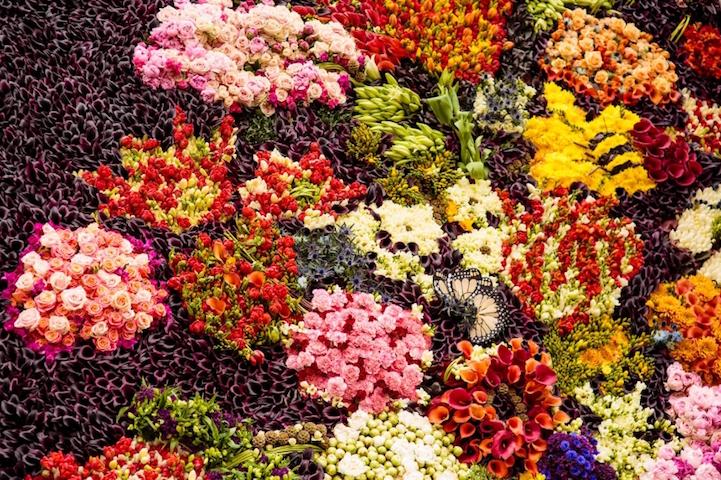 """perierga.gr - """"Zωντανός"""" πίνακας με 25.000 λουλούδια!"""