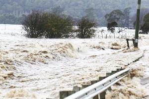 perierga.gr - Drone απαθανατίζει την πρόσφατη πλημμύρα στην Τασμανία!