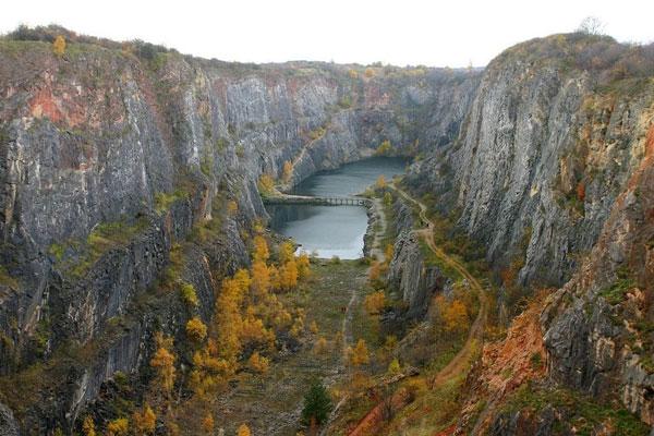 "perierga.gr - Το υπέροχο ""Γκραν Κάνιον"" της Τσεχίας!"