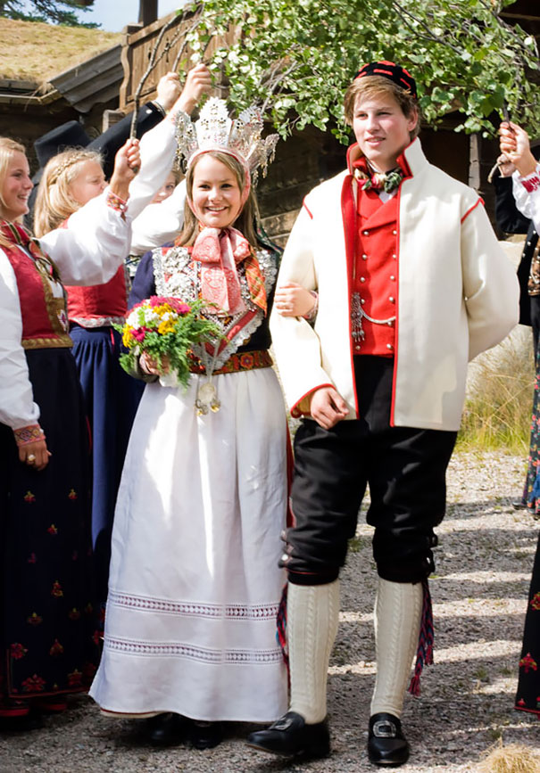 perierga.gr - Γαμήλιες ενδυμασίες στον κόσμο!