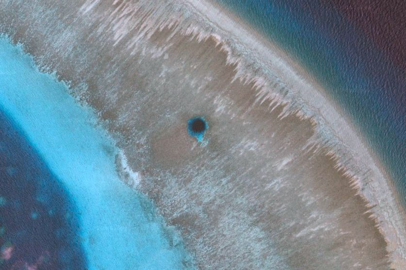 perierga.gr - Η βαθύτερη «μπλε τρύπα» στον κόσμο ανακαλύφθηκε στη Θάλασσα της Νότιας Κίνας!