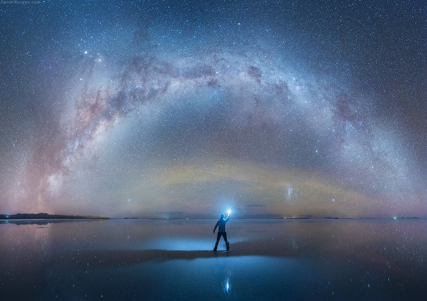 perierga.gr - Eκπληκτική αντανάκλαση του Γαλαξία στη μεγαλύτερη αλυκή του κόσμου!