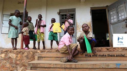 perierga.gr - Το ταξίδι ζωής δύο αδελφών στην Ουγκάντα για να διδάξουν Eλληνικά!