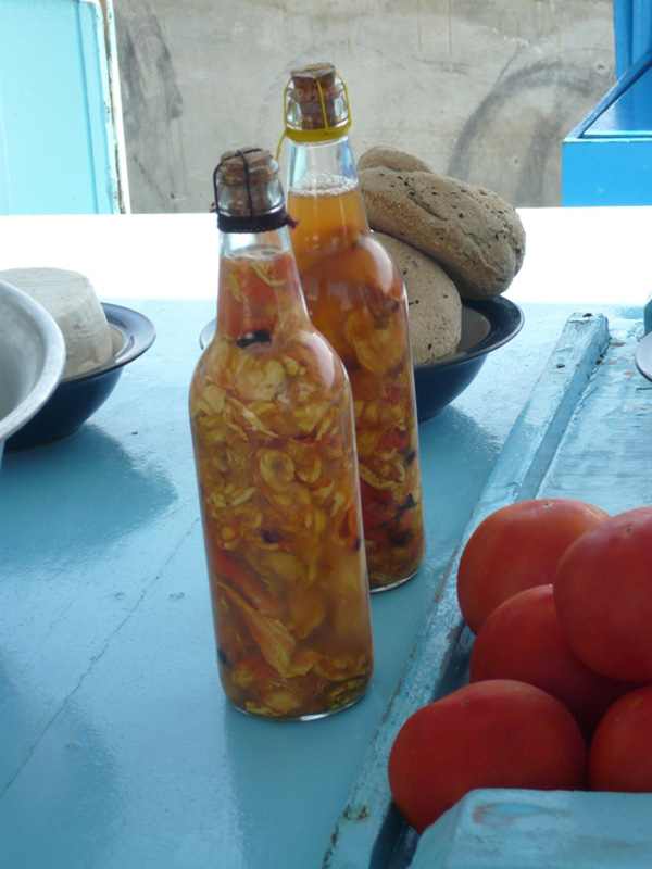 perierga.gr - Τα πιο περίεργα φαγητά της Ελλάδας κατά τον Andrew Zimmern!