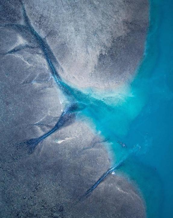 perierga.gr - Το απέραντο γαλάζιο μέσα από αεροφωτογραφίες!