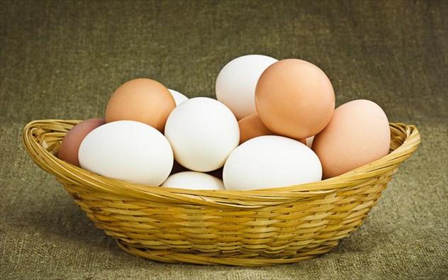 perierga.gr - Ποια είναι η διαφορά λευκών και μπεζ αυγών;
