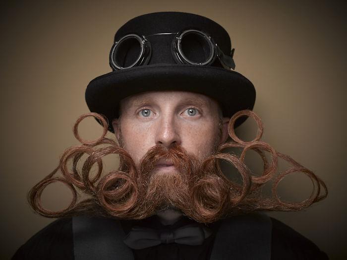 Εντυπωσιακά... μουστάκια από τον διεθνή διαγωνισμό 2016 γενειάδας!