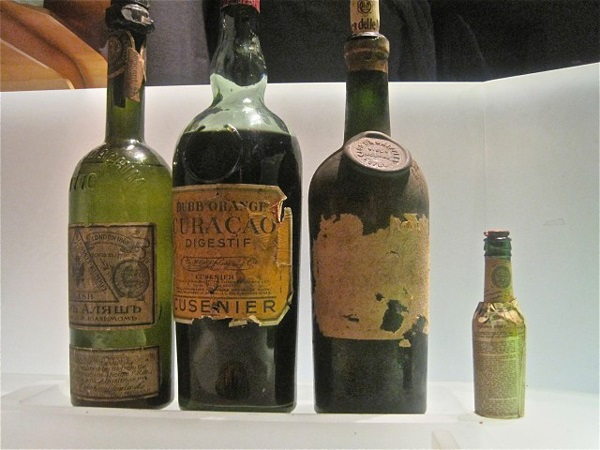 perierga.gr - Το ακριβότερο κοκτέιλ στον κόσμο με υλικά 100 ετών!