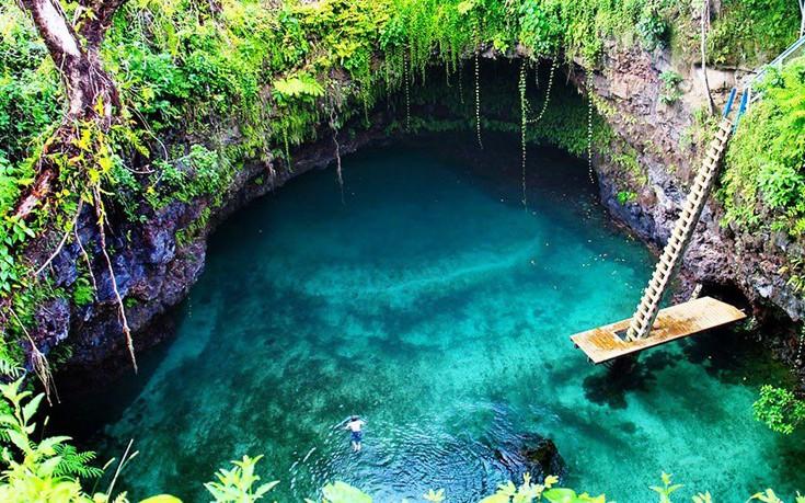 perierga.gr - Tα πιο καθαρά νερά του κόσμου!