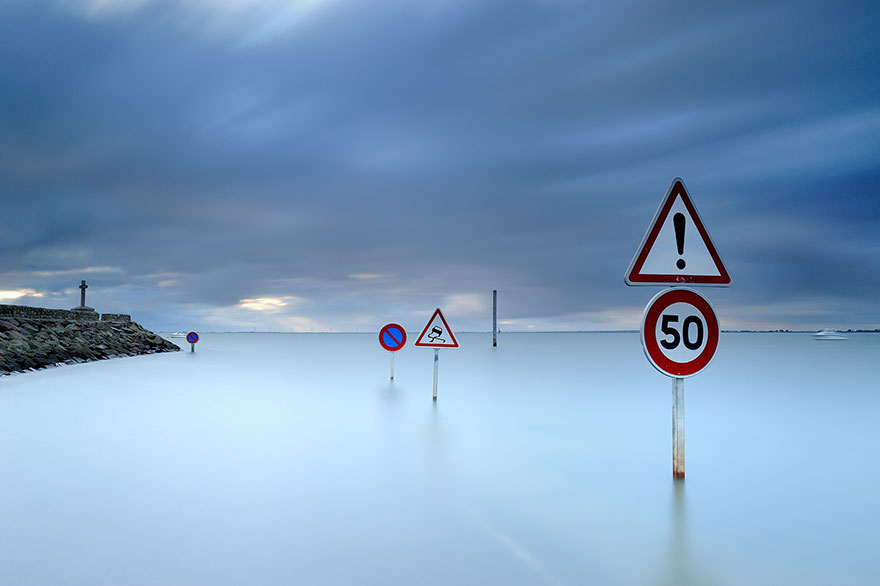 perierga.gr - Δρόμος... εξαφανίζεται δύο φορές τη μέρα!