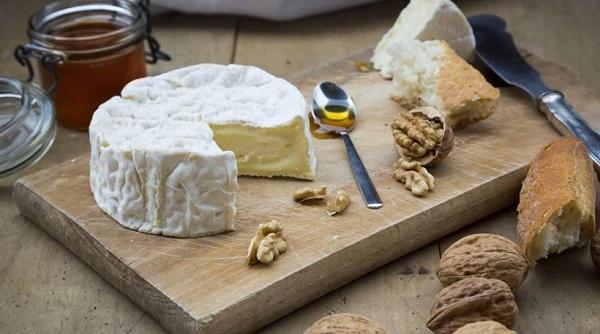 perierga.gr - O εθισμός στο τυρί εξηγείται επιστημονικά!