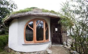 "Perierga.gr-Ένα ""πράσινο"" σπίτι που κοστίζει 30.000 ευρώ"