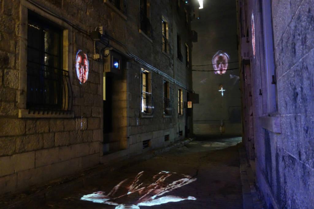 Perierga.gr-Πρόσωπα από το παρελθόν ζωντανεύουν στους τοίχους του Μόντρεαλ