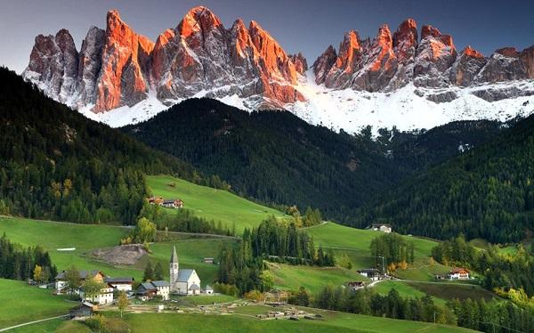 perierga.gr - Οι Άλπεις ψηλώνουν 1-2 χιλιοστά κάθε χρόνο!