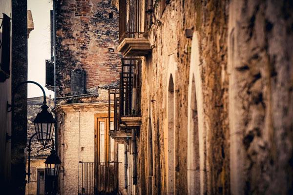 perierga.gr - Πόλη-φάντασμα στην Ιταλία!
