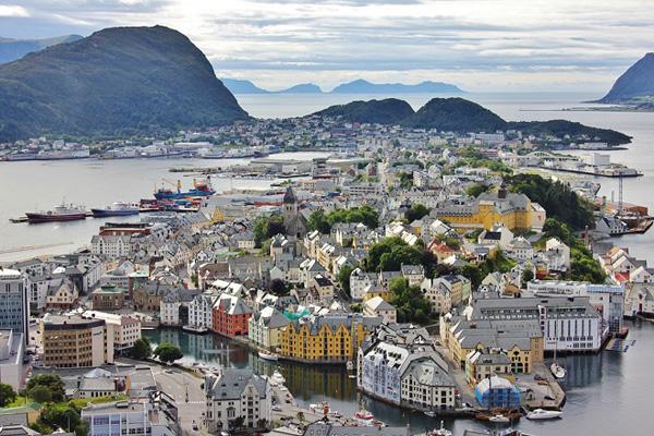 Perierga.gr-Οι 10 πιο ασφαλείς χώρες στον κόσμο