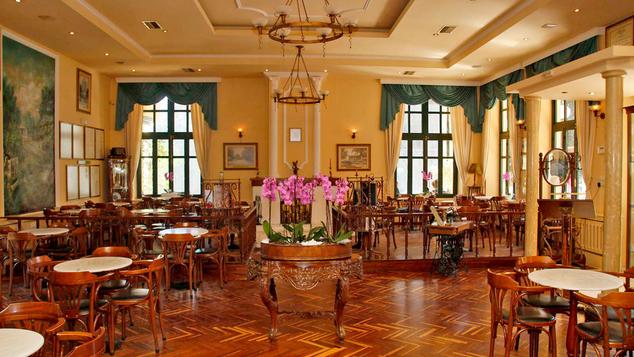 """Το καφέ """"Κήπος"""" στα Χανιά ανάμεσα στα ιστορικά καφέ της Ευρώπης"""