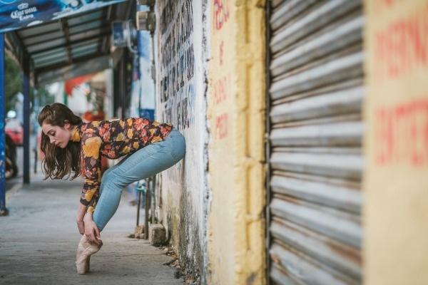 Φωτογραφίες χορευτών στους δρόμους του Μεξικό μας υπενθυμίζουν την ομορφιά της χώρας