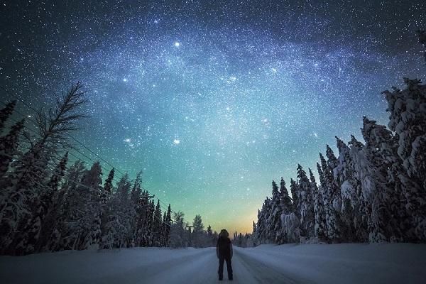 perierga.gr - Εξερευνήστε τα ατελείωτα χειμωνιάτικα τοπία της Λαπωνίας!
