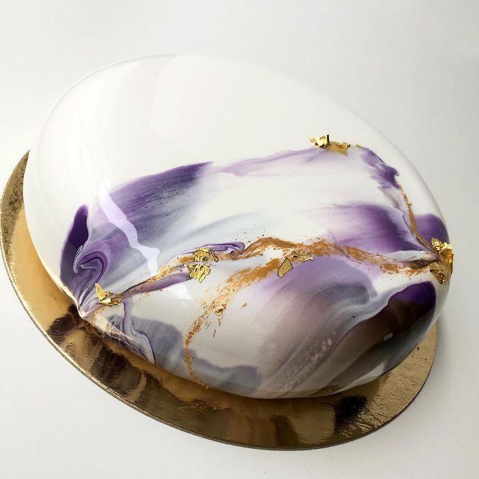 perierga.gr - Ασυνήθιστες τούρτες με επιφάνεια σαν καθρέφτη!