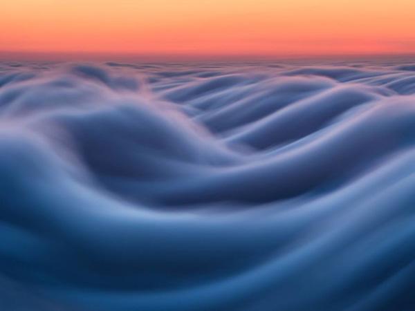 """Perierga.gr-Απίθανες φωτογραφίες από """"κύματα"""" ομίχλης"""
