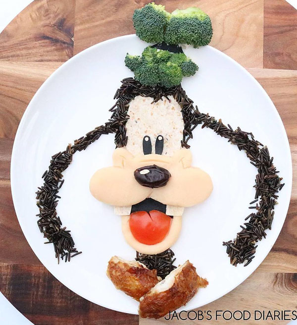 Perierga.gr-Πατέρας δημιουργεί εντυπωσιακά σχέδια με το φαγητό για να φάει υγιεινά ο γιός του