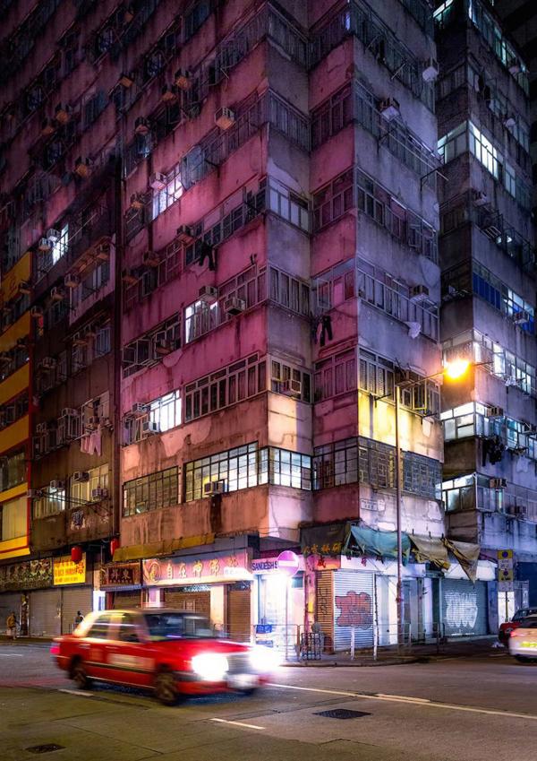 Perierga.gr-Φωτογραφίες από το ασφυκτικό Hong Kong τη νύχτα