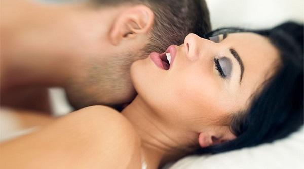 perierga.gr - Το σεξ... προστατεύει τα δόντια από την τερηδόνα!