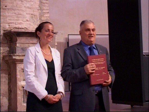 perierga.gr - 70χρονος Ιταλός κατέχει τα περισσότερα πτυχία στον κόσμο!