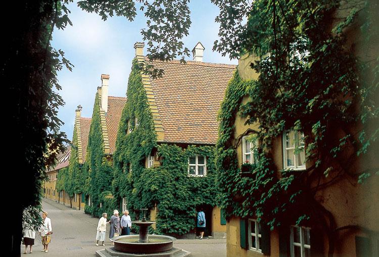 perierga.gr - 88 λεπτά τον χρόνο για ενοίκιο σε γερμανική γειτονιά από το 1520!