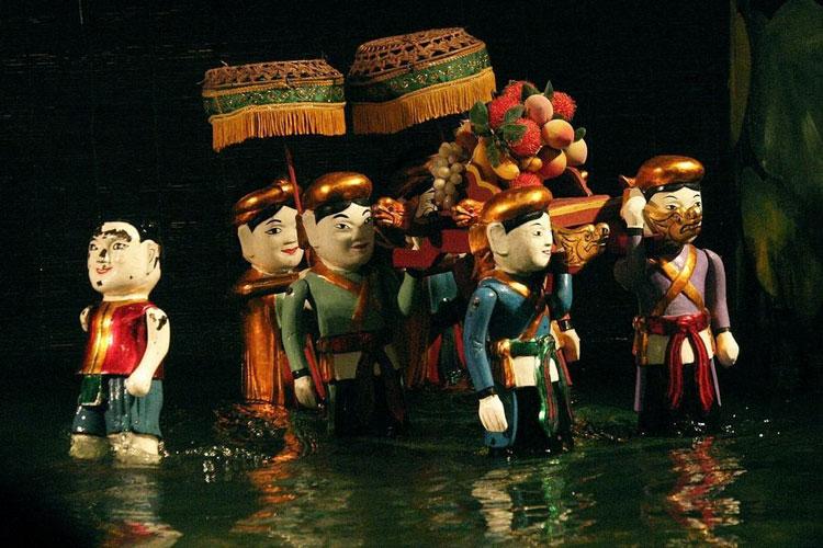 perierga.gr - Παραδοσιακό κουκλοθέατρο παίζεται στο νερό!
