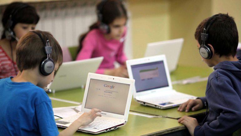 Perierga.gr - Μάθημα στα σχολεία ο διαχωρισμός της ειδησεογραφίας από την προπαγάνδα