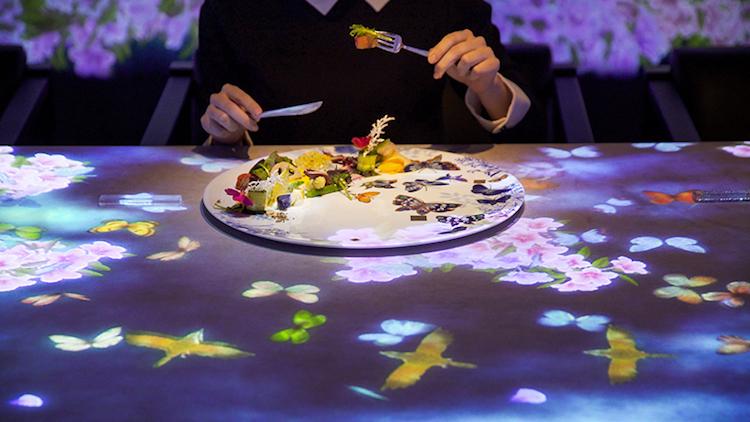 perierga.gr - Ψηφιακή εγκατάσταση μετατρέπει εστιατόριο σε μοναδική διαδραστική εμπειρία!