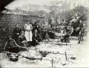 Φωτογραφίες από το ελληνικό Πάσχα της περιόδου 1930-1960