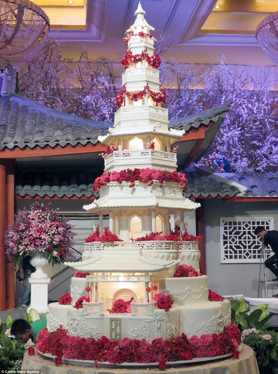 perierga.gr - Επικές γαμήλιες τούρτες προκαλούν θαυμασμό