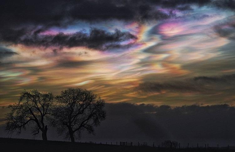 perierga.gr - Μαργαριταρένια σύννεφα στον ουρανό!
