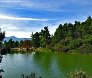 Η άγνωστη λίμνη Μπελέτσι με το αλπικό τοπίο μισή ώρα από την Αθήνα!